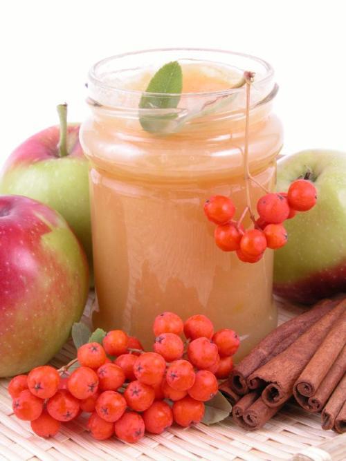 Jabłka w soku własnym
