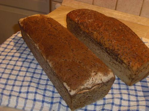 Chleb dyniowy korzenny