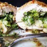 Rolada z brokułami .