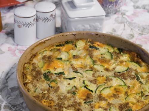 Zapiekanka z mięsa mielonego, kabaczków i ziemniaków